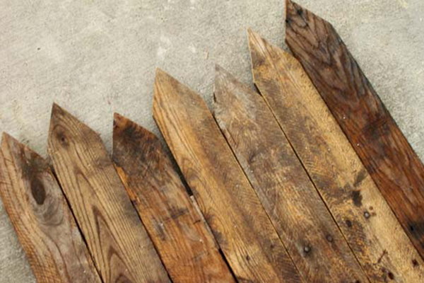 Build a wooden fence for the garden