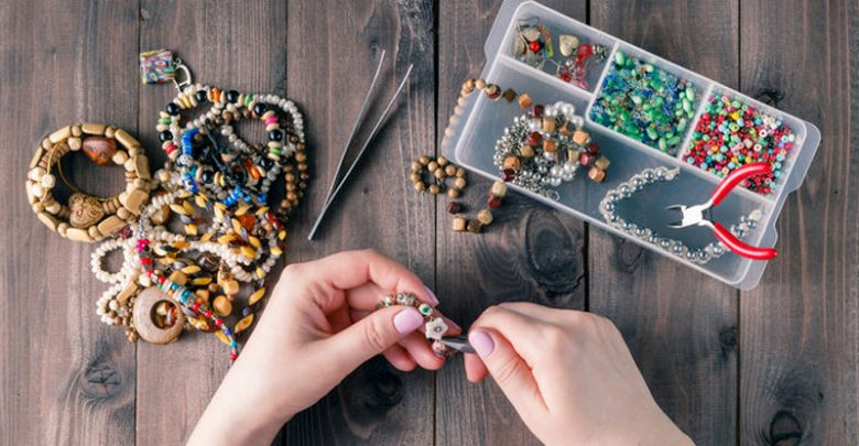 Your-Earrings-Can-Be-Easily-Made-at-Home