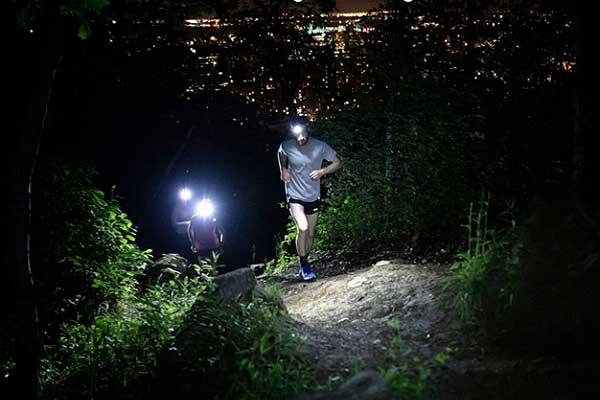 Petzl Swift RL in jogging